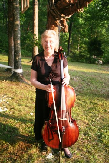 Jeanette Long, cellist with the Harpeth Trio.