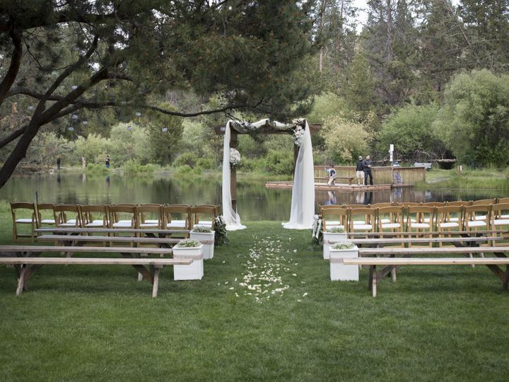 Tmx Aspen Hall Cierra Adam 06 51 473858 V1 Bend, Oregon wedding rental