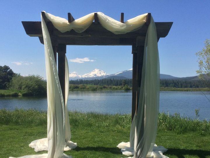 Tmx Bbr Barnwood Arch With Ivory Chiffon 51 473858 162095943924614 Bend, OR wedding rental