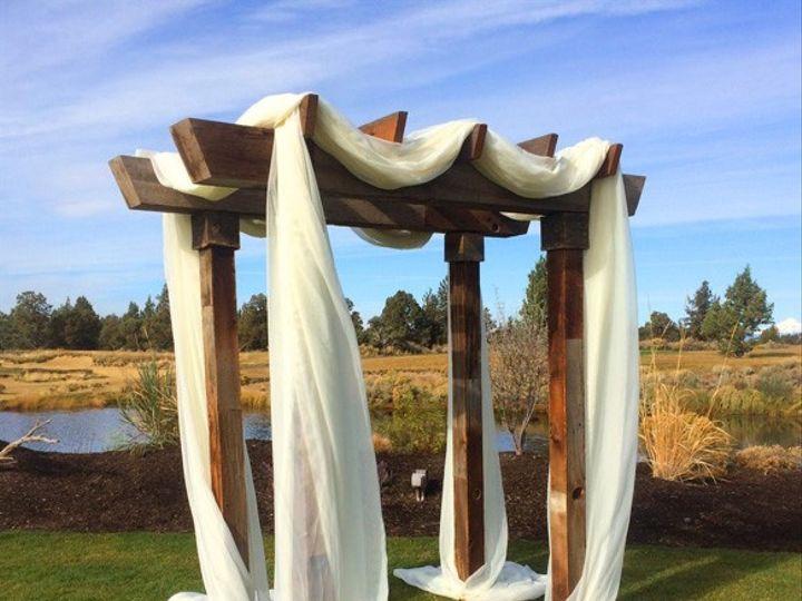 Tmx Pronghorn Barnwood Arch With Ivory Chiffon 1 51 473858 162095991679453 Bend, OR wedding rental