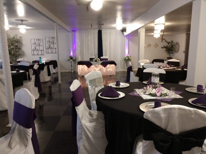 Onyx room in purple and black