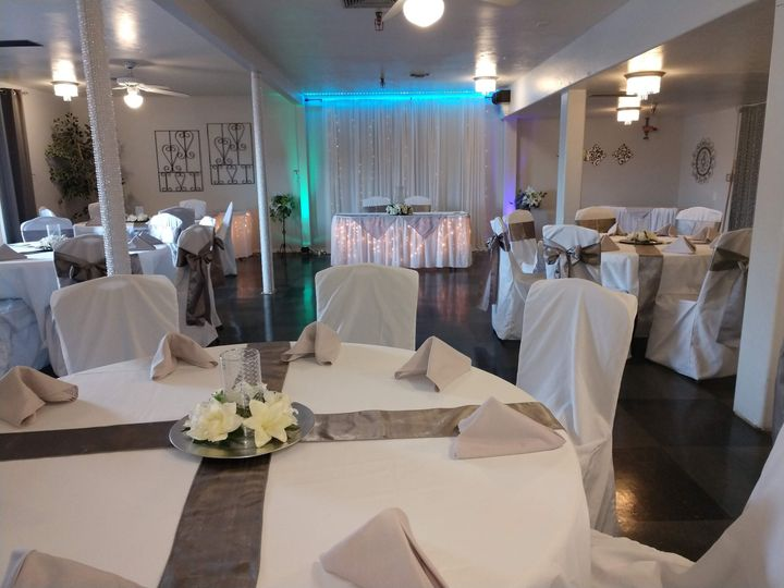 Onyx room for smaller weddings
