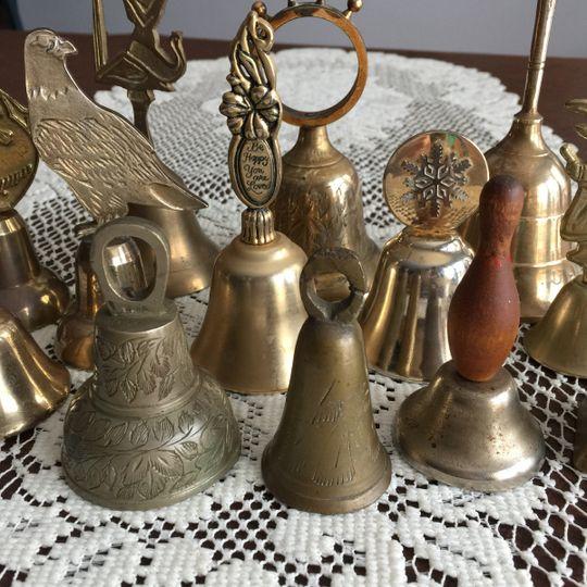 kissing bells 4