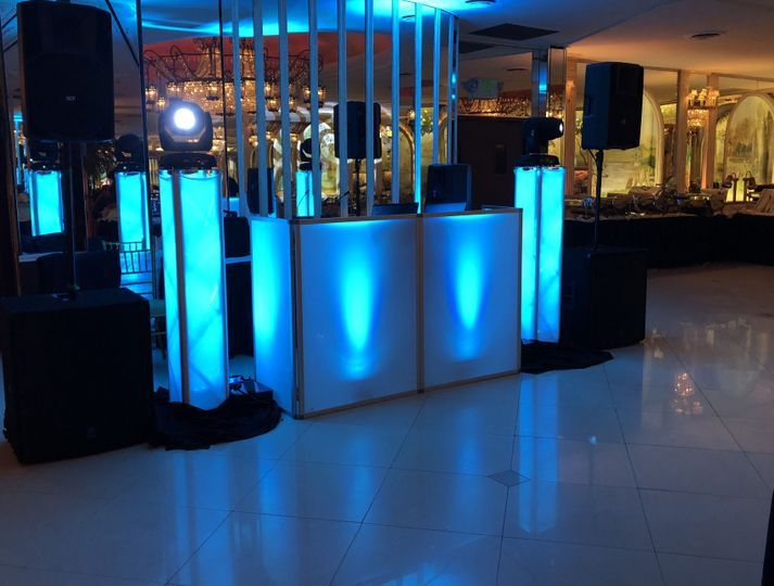 Custom dj booth with trussing