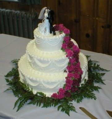 Tmx 1454365836581 Pa110001 Stafford Springs wedding cake