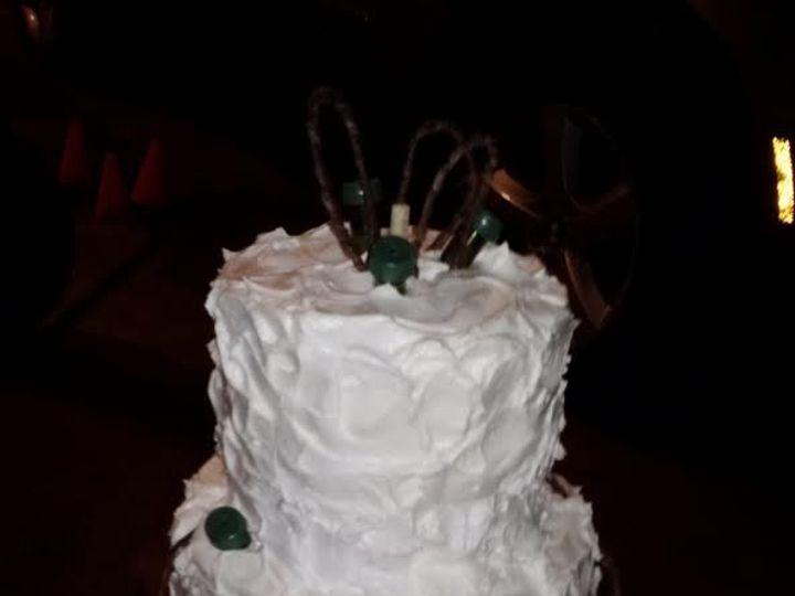 Tmx 1460479552521 Deb7 Stafford Springs wedding cake