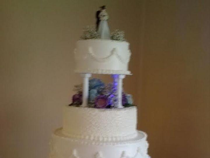 Tmx 1460479571932 Deb3 Stafford Springs wedding cake