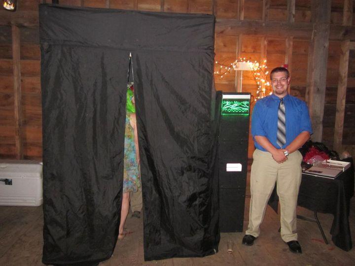 Jumbo booth