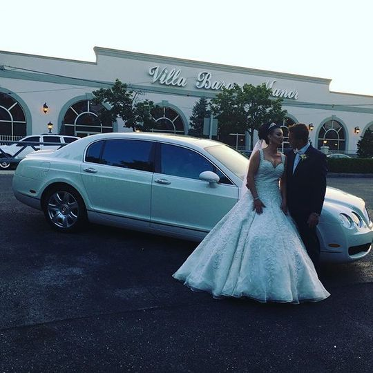 Bentley Newlyweds Luxury Ride by Cross County Limousine !