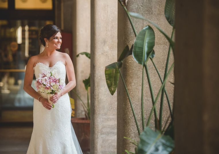gorgeous bride close upedited