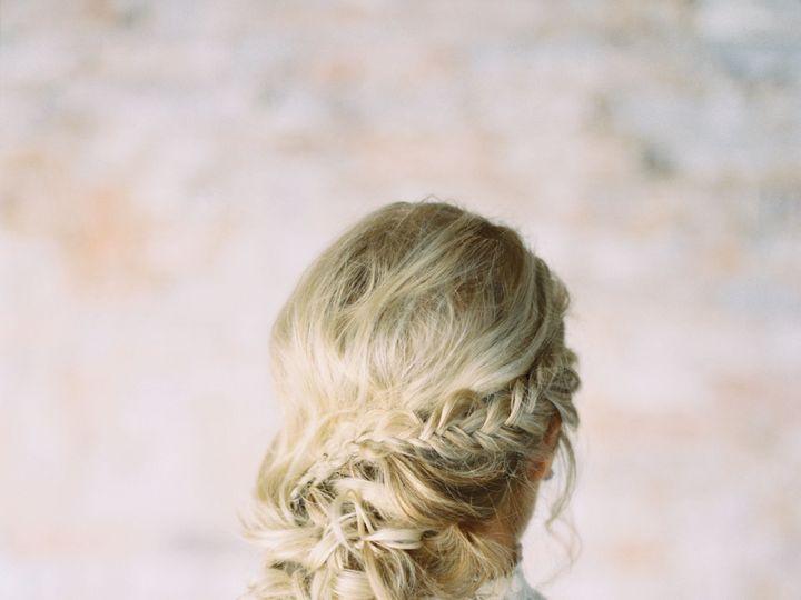 Tmx 1526263607 F0947639a6b55fdd 1526263604 09817ea00dde641a 1526263602705 5 Monroe Pearson 001 Dallas, TX wedding beauty
