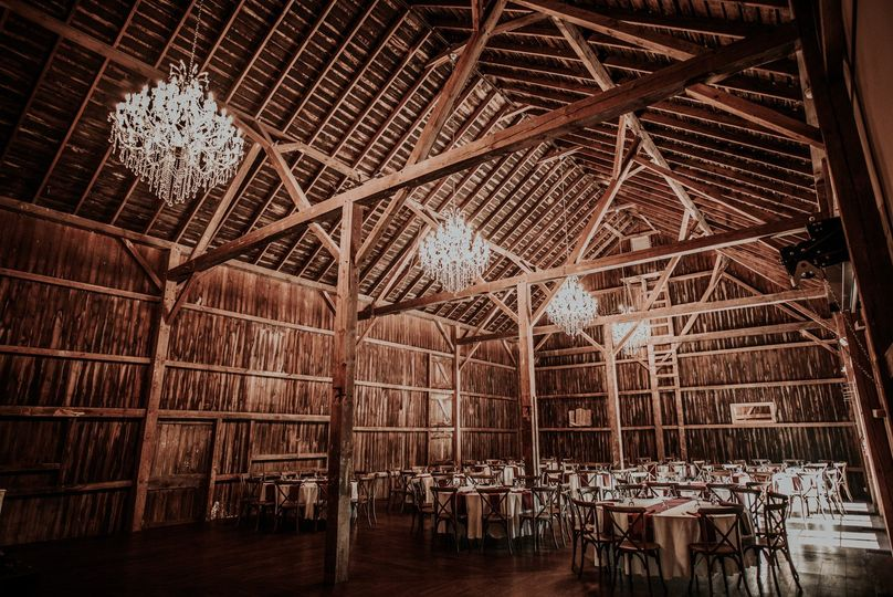 Rustic reception set-up