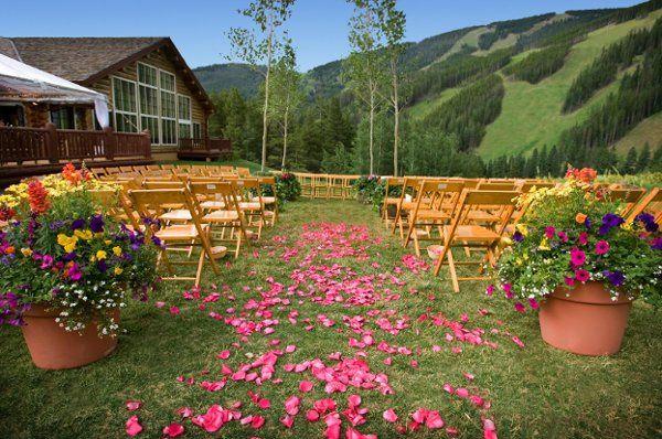 Beano's Cabin - Outdoor Ceremony