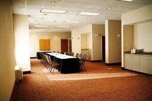 carolstreamilhotelmeetingroom
