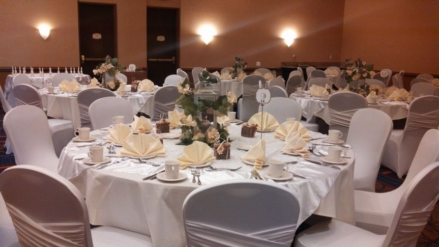 white and ivory event table