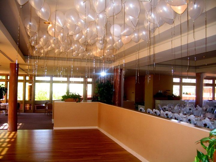 Hanging decors