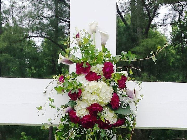Tmx 1526238659 Fbfd2e0834c92ba1 1526238646 3855e5498e60f9fb 1526238645 4722805f50dcc25d 152623 Carrboro, North Carolina wedding florist