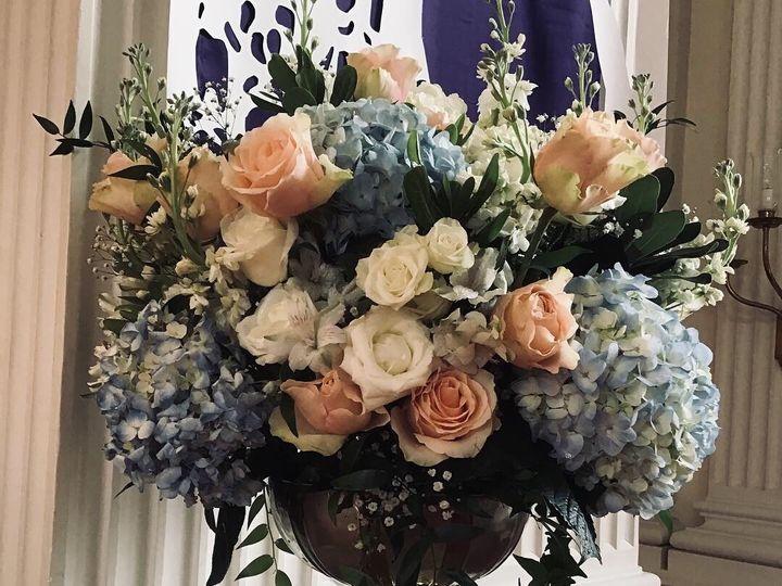 Tmx 77d638d3 4ac0 4995 9cc7 Dde8d7f25833 51 967068 1556761693 Carrboro, North Carolina wedding florist