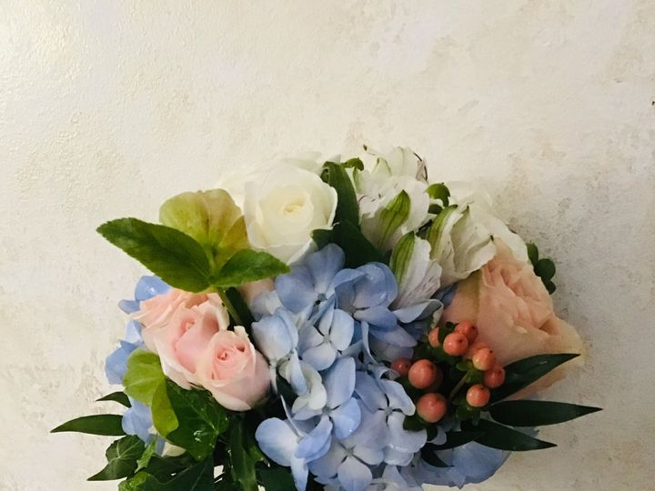 Tmx Ce32b29f B453 407f 9a61 Bd7f073882eb 51 967068 1556761779 Carrboro, North Carolina wedding florist