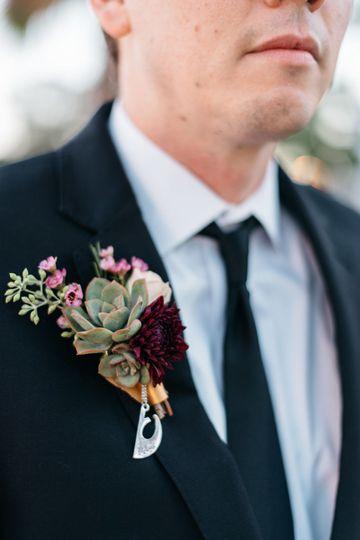4862c51650c1a286 1529532562 8eb13b5a4cd492d2 1529532560392 7 Long Beach Wedding