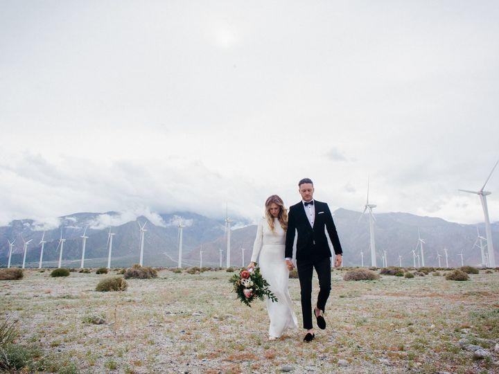 Tmx 1532385211 D0660f1d711e7093 1532385209 6b4b2f40dc9badd6 1532385205510 5 More Walkers Walki Ventura, California wedding florist