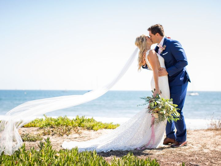Tmx 1537986183 Cfabab5f757e485b 1537986179 F56f483727b7411f 1537986160038 1 Melissa Tommy Prev Ventura, California wedding florist