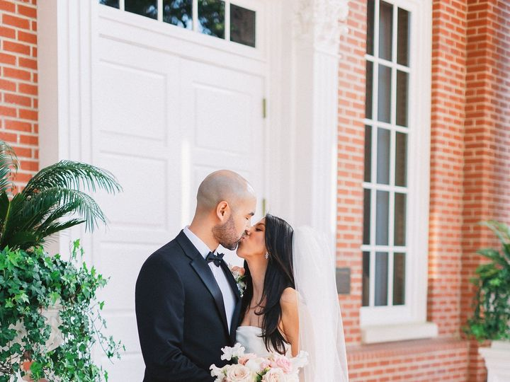 Tmx Gracekathryn 20190414 Rachel Joey Teaser Low Res 016 51 977068 1560471673 Ventura, California wedding florist