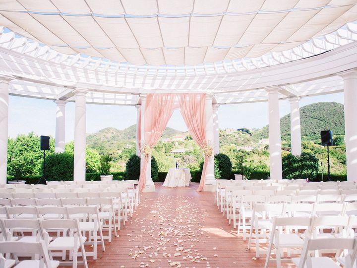 Tmx Gracekathryn 20190414 Rachel Joey Teaser Low Res 024 51 977068 1560471674 Ventura, California wedding florist