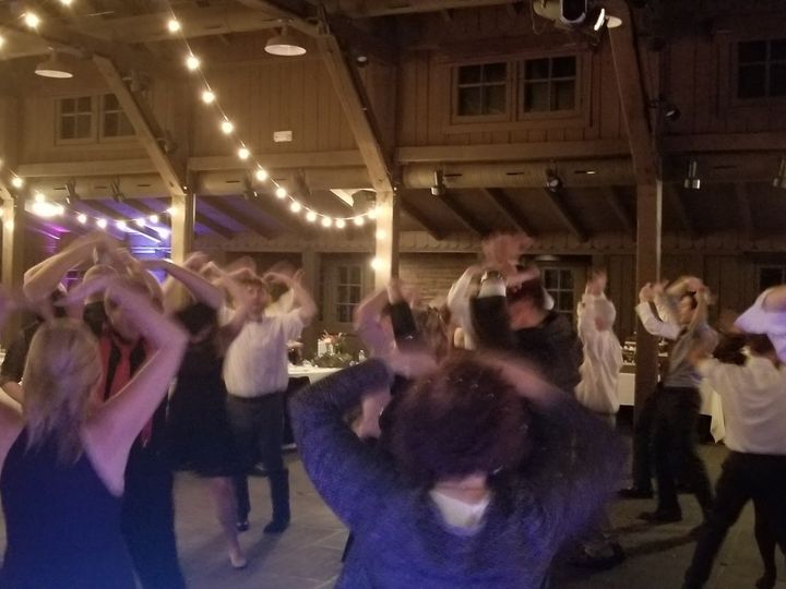 Tmx 20181020 214436 51 387068 1555859257 Cleveland, OH wedding dj