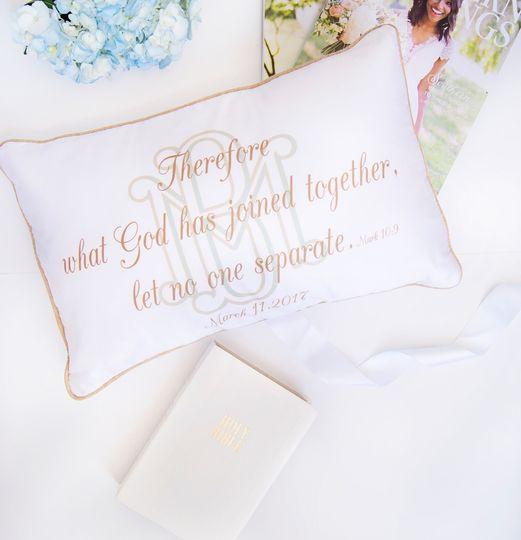 wedding lay flat