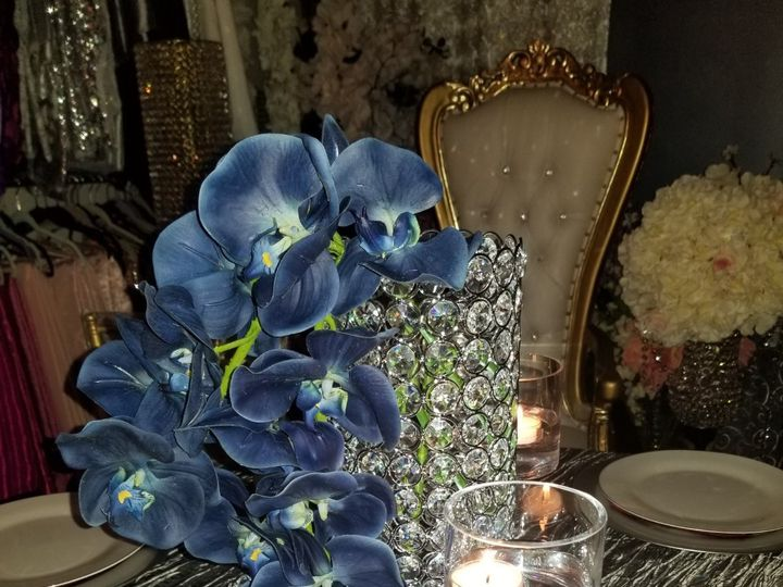 Tmx 16 Inch Cylinder Crystal Vase With Orchids Centerpiece 51 30168 158280604529214 Woodbridge, District Of Columbia wedding rental