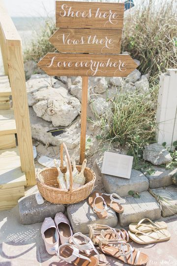 Beach Signs  Photography by Love Tree Studios