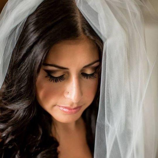 7d023bf77845cf71 Bride