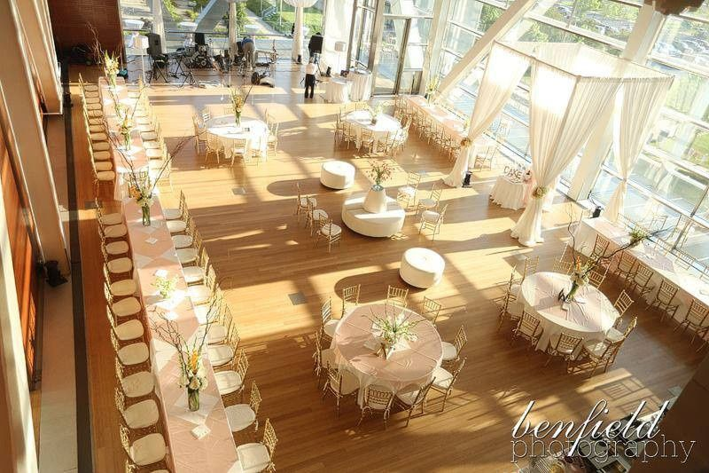 Wedding at the Clinton Library