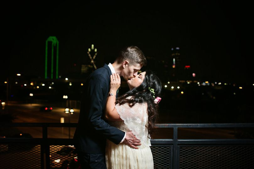 Kissing with the skyline in the back