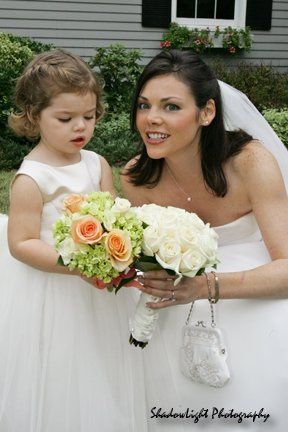 The bride and little girl