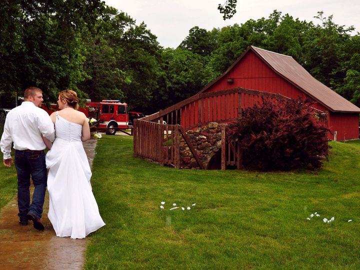 Tmx 1373557750151 Barn Corning wedding officiant