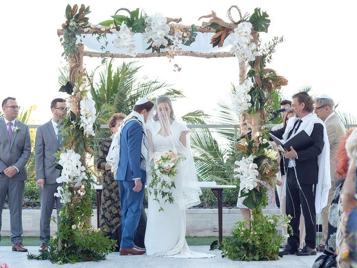 Tmx Yellow 1 0107 51 177268 159967926743734 Miami, FL wedding florist