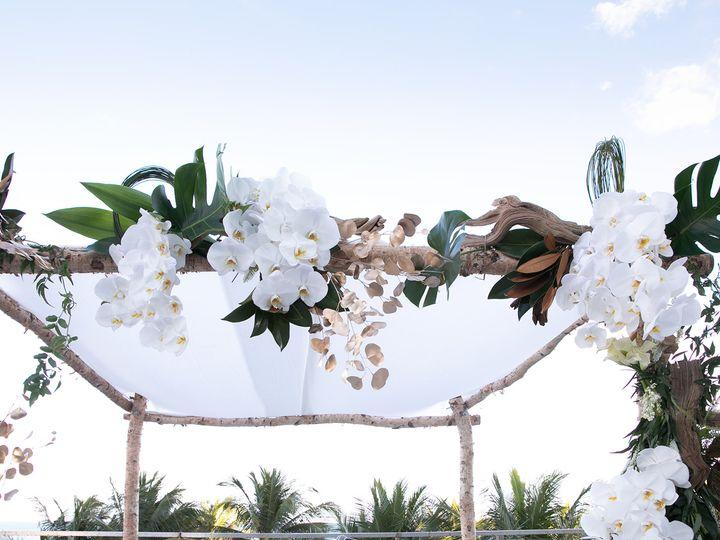 Tmx Yellow 1 0125 51 177268 159967928740427 Miami, FL wedding florist