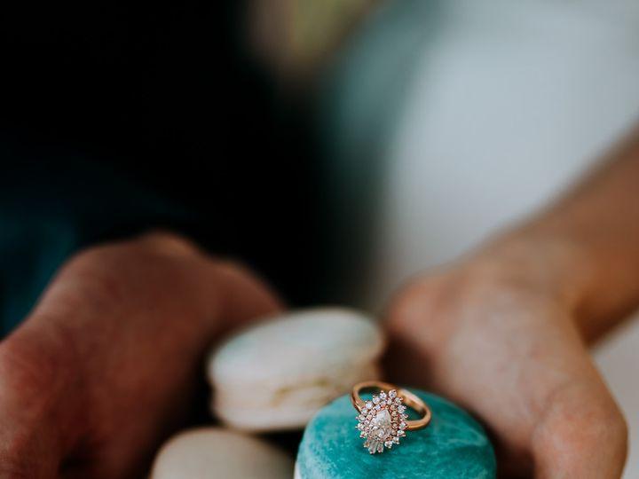 Tmx Arrowhead 5066 51 1018368 157467769534228 Lenexa, KS wedding cake