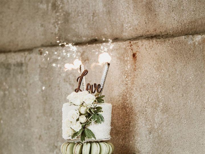 Tmx Stewart Wedding Studio Masters Cake Cutting 29 Of 29 51 1018368 157467756444651 Lenexa, KS wedding cake