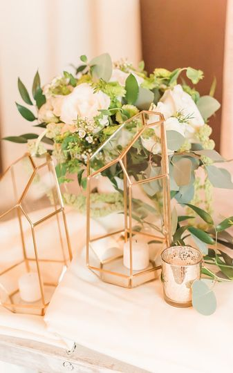 Copper decor - Photo credit: Amy Saavedra