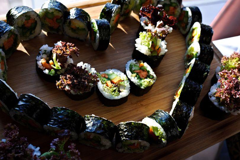 Sushi roll heart