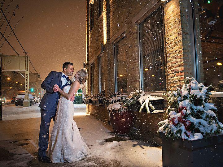 Tmx 1515082986562 Lindsayadamw69rg17957 Milwaukee, Wisconsin wedding photography