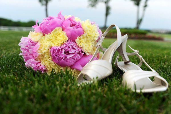 Tmx 1300741464766 DSC4584BridalBouquet Hamilton wedding florist