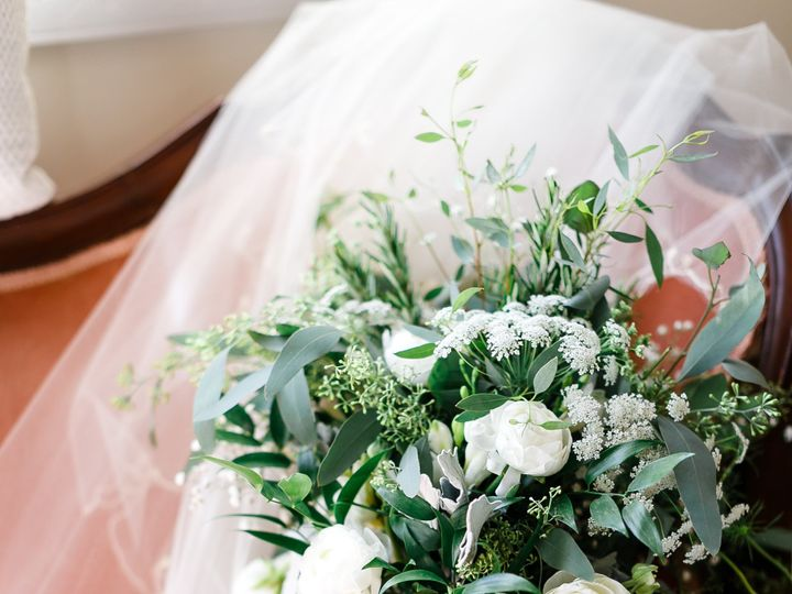 Tmx Emma Todd Sneak Peeks Wedding 0003 51 63468 1572255915 Hamilton wedding florist