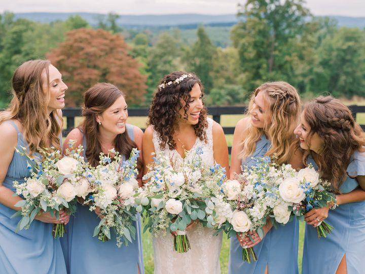 Tmx Hannahaustin Weddingparty Maddywilliamsphotography 21 51 63468 161315502112911 Hamilton, VA wedding florist