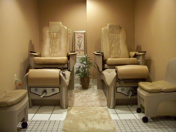Pedicure room, this is located down stairs.
