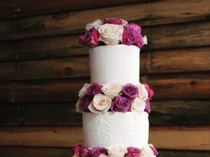 Tmx Screen Shot 2021 05 12 At 12 16 53 Pm 51 209468 162083813440326 Raleigh, NC wedding cake
