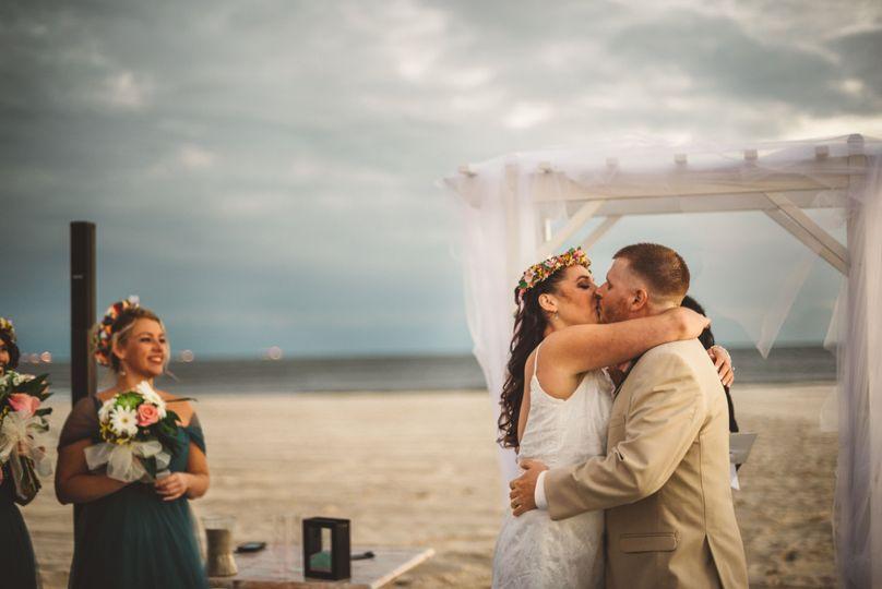 7623bc5e8b5ac593 katie rich wedding long beach NY 1113 3